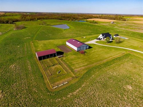 Beautiful Country Home On 45 Acres : Ridgeway : Harrison County : Missouri