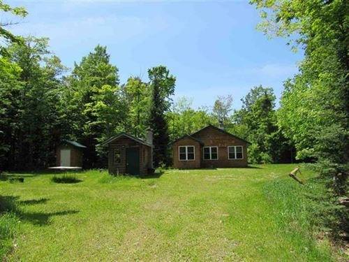 23900 Vedder Rd. Mls 1109195 : Covington : Baraga County : Michigan