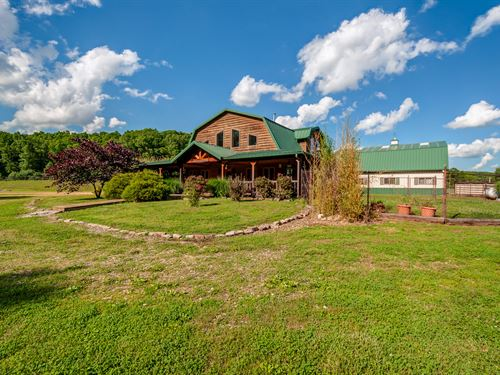 50 Acre Equestrian Property : Duck River : Hickman County : Tennessee
