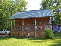10 Surveyed Acres & Rustic Cabin : Saint Joe : Searcy County : Arkansas
