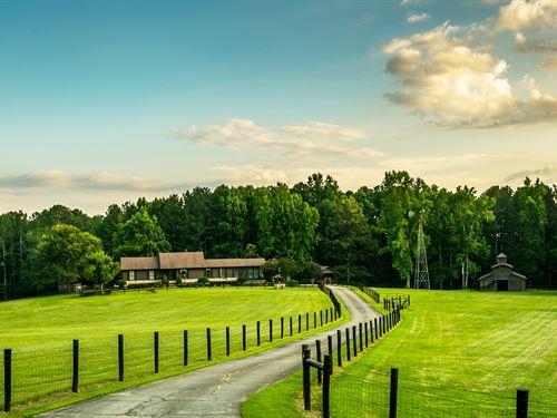 Amazing Equestrian Estate W/ 35+ Ac : Conyers : Rockdale County : Georgia
