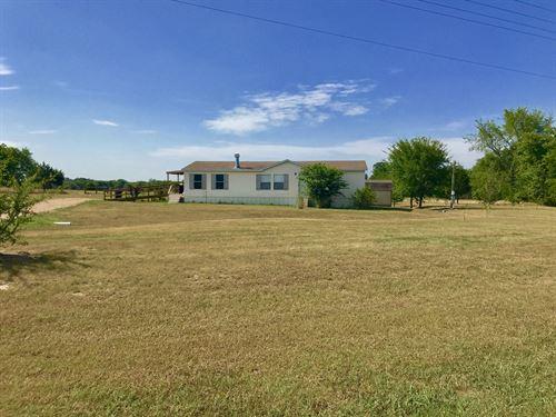 3/2 On 28+ Acres, Hopkins County : Dike : Hopkins County : Texas