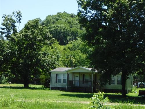 138+ Ac, Home, Barns, Pond, Creek : Whitleyville : Jackson County : Tennessee