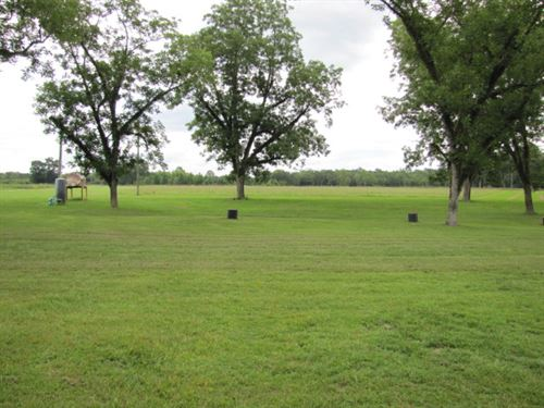 Country Farm Getaway That Has Every : Perkinston : George County : Mississippi