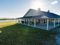 Fishing And Horses - A Dream Farm : Faunsdale : Marengo County : Alabama