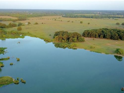 144 Acres With Lake : Cumby : Hopkins County : Texas