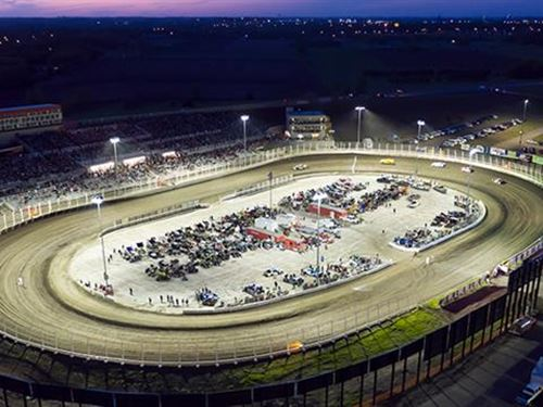 Badlands Motor Speedway is a One : Brandon : Minnehaha County : South Dakota