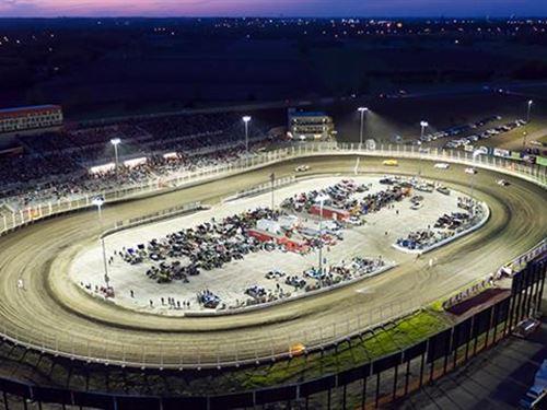 Badlands Motor Speedway is a One : Brandon : Minnehaha County : South Dakota