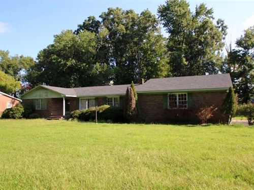 Reduced, 13.5 Acre Home And Farm : Plymouth : Washington County : North Carolina