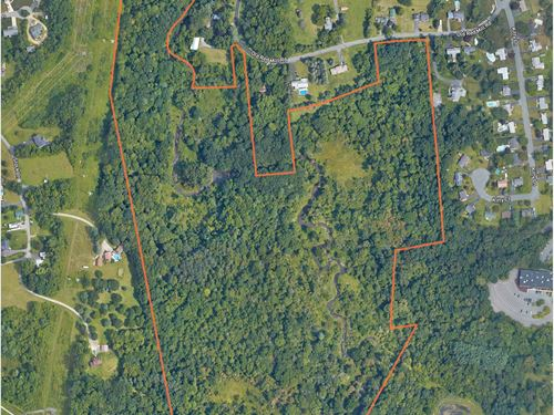 Development Site With Potential : East Greenbush : Rensselaer County : New York