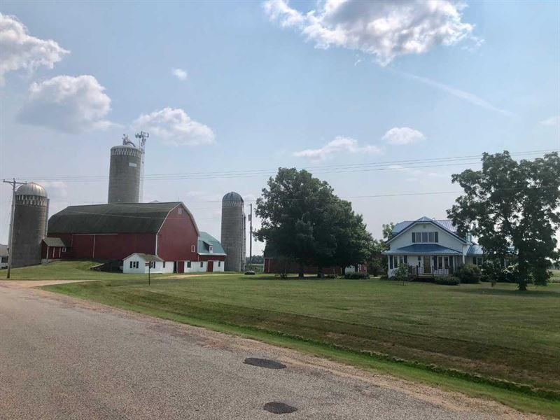 Beautiful Farm In Central Wisconsin : Marshfield : Marathon County : Wisconsin