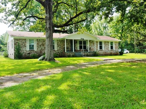 30 Acres 3 Bed / 2 Bath Home, Large : Prentiss : Jefferson Davis County : Mississippi