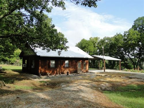 Arkansas Home River Front Acreage : Melbourne : Izard County : Arkansas