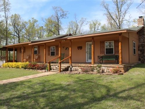 Home, Pond, Acreage 10 Minutes From : Mountain View : Stone County : Arkansas