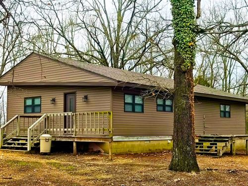 Northeast Arkansas Hunting Lodge : Ravenden Springs : Randolph County : Arkansas