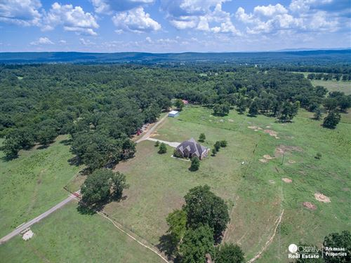 Equine Ranch Beautiful Home Scott : Waldron : Scott County : Arkansas