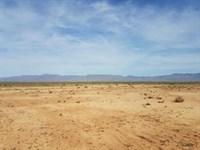 Nice Flat Land That Perfect : Kingman : Mohave County : Arizona