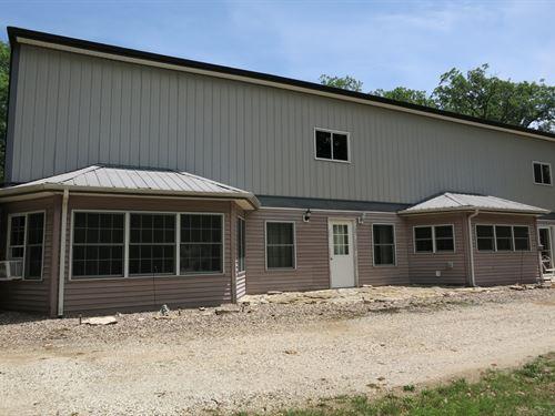 Large Home 11 Country Acres : Ridgeway : Harrison County : Missouri