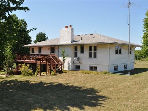 Raised Ranch Home 40 Acres : Rosendale : Andrew County : Missouri
