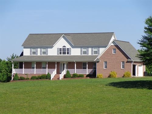 Country Home, Acreage, Woods : Holladay : Benton County : Tennessee