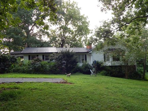 Tn Country Home, Stream, Ponds : Lawrenceburg : Lawrence County : Tennessee