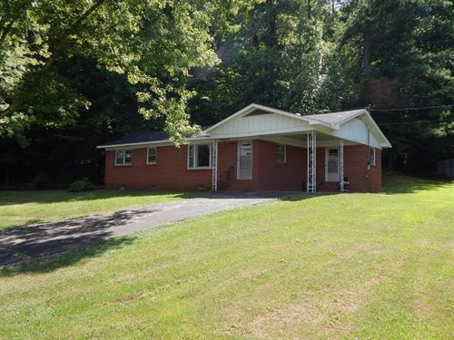 TN Ranch Style Home 3 Bedroom 1 : Waynesboro : Wayne County : Tennessee
