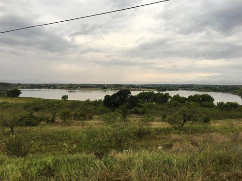 18 Acre Lot Access To Private Lake : Comanche : Texas