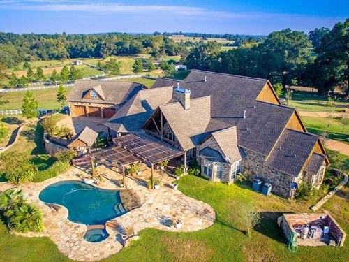 East Texas Cattle & Horse Ranch : Reklaw : Cherokee County : Texas
