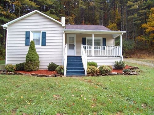 Cottage On Creek In Virginia : Hillsville : Carroll County : Virginia