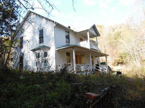 Farmhouse River Frontage Virginia : Saltville : Smyth County : Virginia
