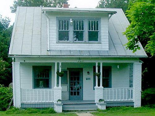 Affordable Southside Virginia Hobby : Victoria : Lunenburg County : Virginia