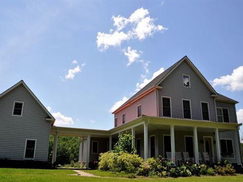 Custom Built Country Estate 40 : Willis : Floyd County : Virginia