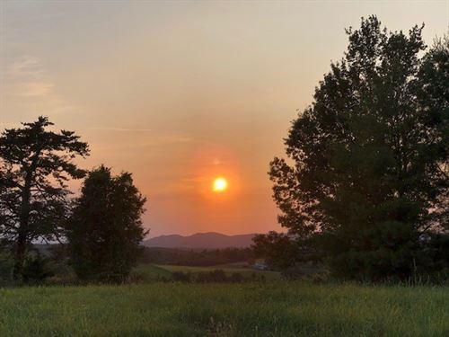 Building Site Views Between Floyd : Willis : Floyd County : Virginia