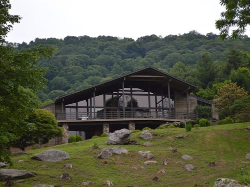 Hidden Retreat Blue Ridge Mountains : Independence : Grayson County : Virginia