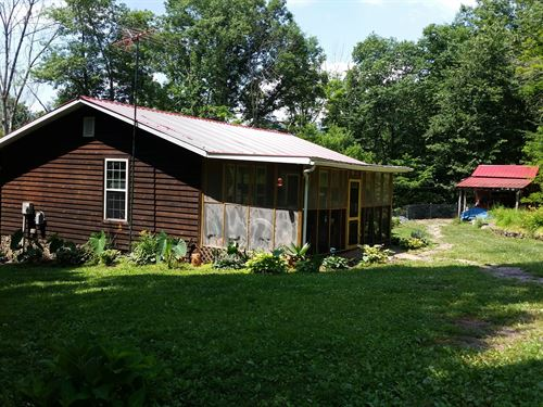 Mountain Retreats.3 Homes, 40 : Hinton : Summers County : West Virginia