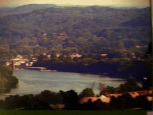 Prime Acreage, River View : Scott Depot : Putnam County : West Virginia