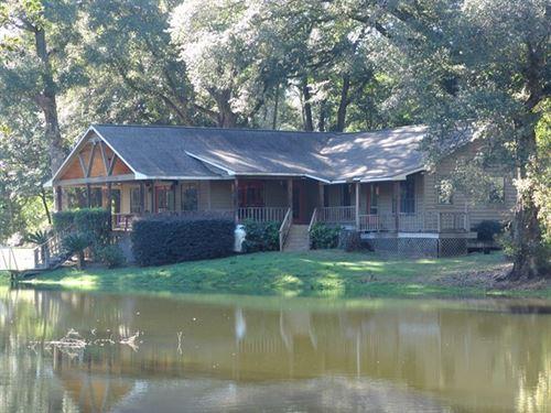 Beautiful Home Headland School : Headland : Henry County : Alabama
