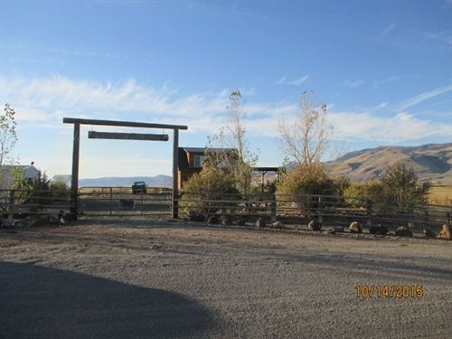 2 Ranch Style Homes 40 Acres : Eagleville : Modoc County : California
