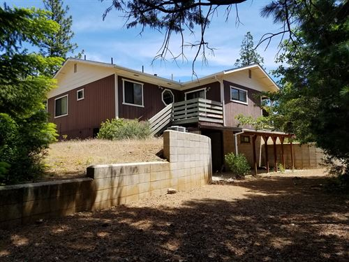 Private Siskiyou County 4 Brm/3 ba : Fort Jones : Siskiyou County : California