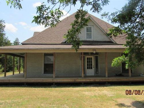 Livestock Hunting Ranch Home Hugo : Hugo : Choctaw County : Oklahoma