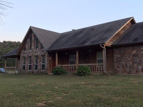 Beautiful Rock Home 318 Acres : Stigler : Haskell County : Oklahoma