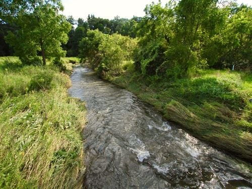 Stunning Retreat Renowned Trout : Hollandale : Iowa County : Wisconsin