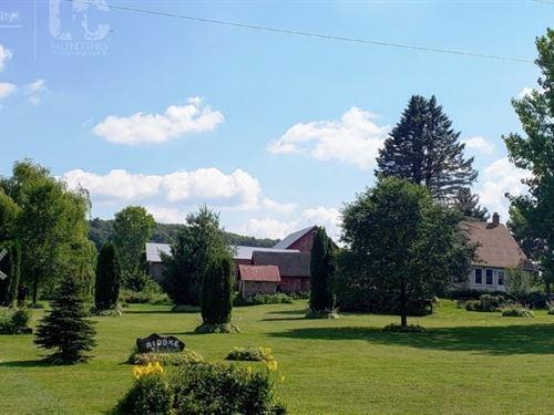Historic Country Farm Home Sauk : Loganville : Sauk County : Wisconsin