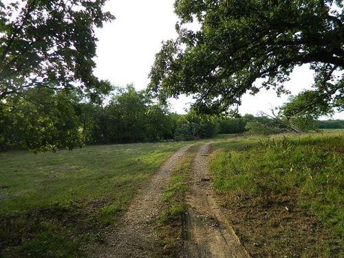 172 Acres M/L : Hulbert : Cherokee County : Oklahoma
