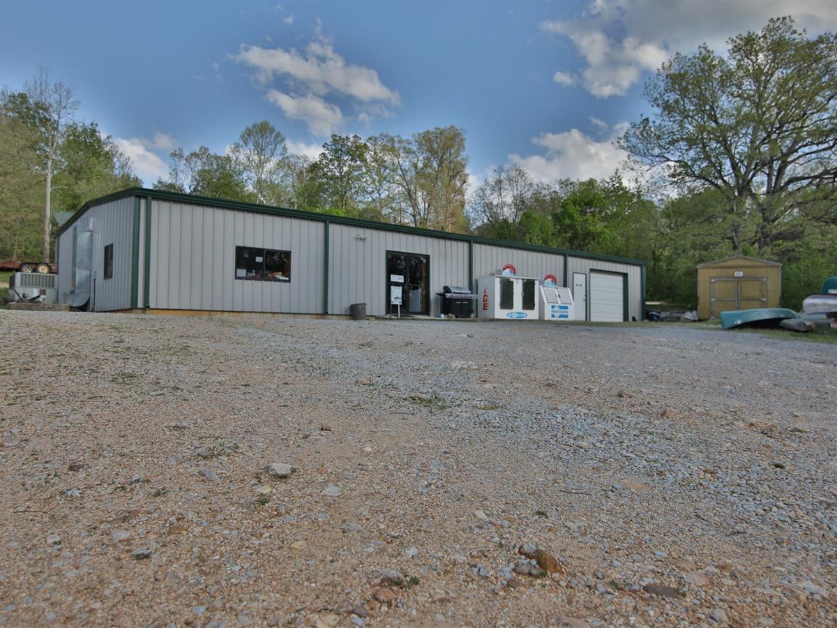 Canoe Rental Business For Sale : Ranch for Sale : Alton : Oregon County :  Missouri