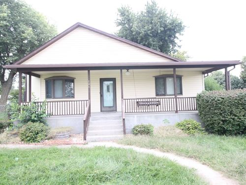 Ranch Home Large Lot Small Town : Lancaster : Atchison County : Kansas