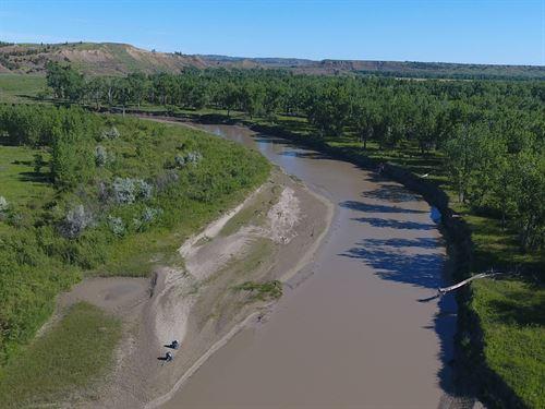 Missouri Breaks Retreat : Mosby : Garfield County : Montana