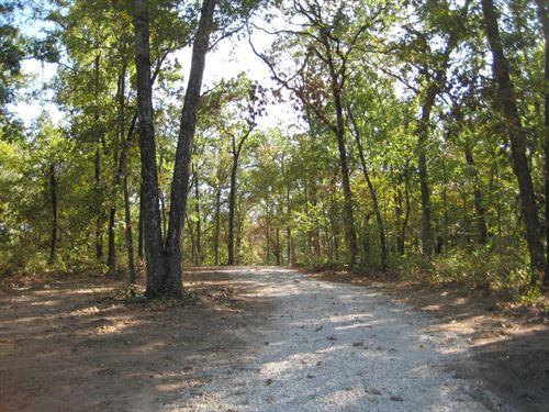 Land, 32 Acres, Vacant, Hunting : Stover : Morgan County : Missouri