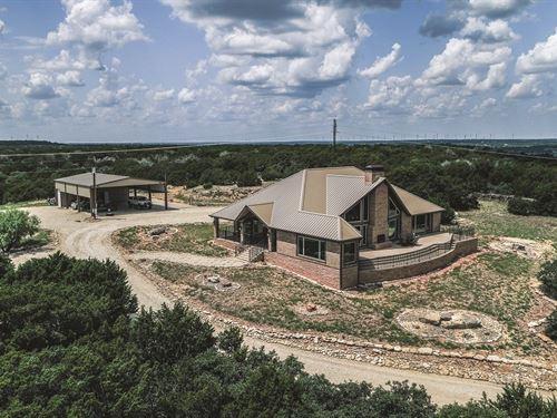 Texas Mountain Estate : Tuscola : Taylor County : Texas