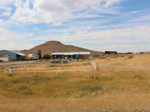 Mt Country Living Acreage Horses : Shelby : Toole County : Montana